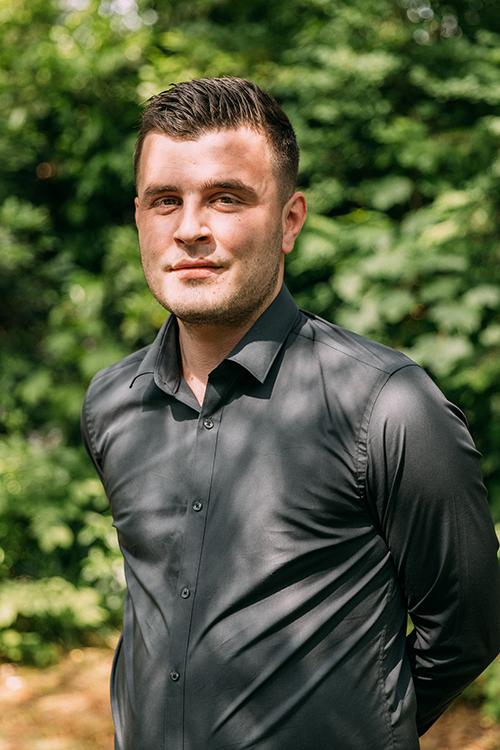 Tevfik Genç assistent accountant